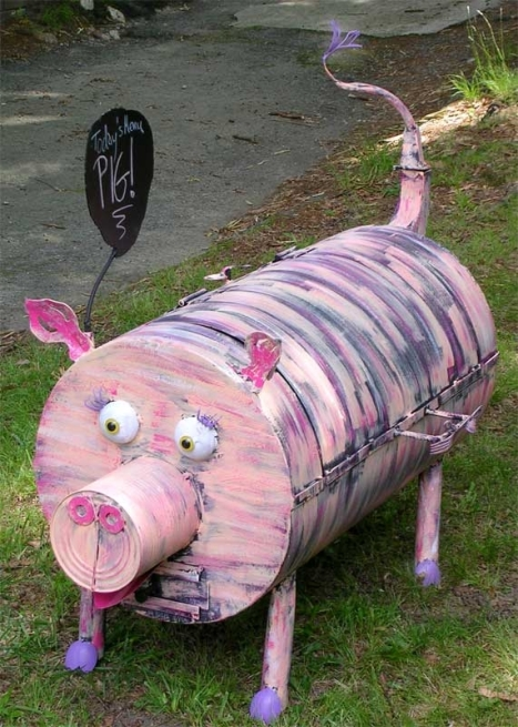 Functional pig art by Joel Haas